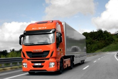 iveco-stralis-hi-way-voted-truck-of-the-year-2013-49604-7